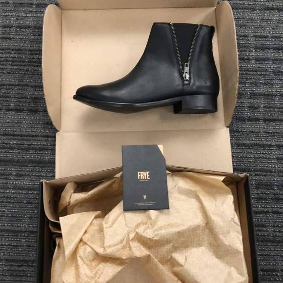 463d39e248f Frye Carly Zip Chelsea Boot.